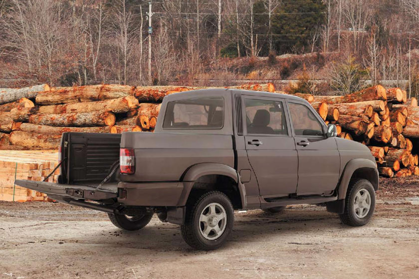 Чем отличается этот российский грузовик от Ford Ranger?