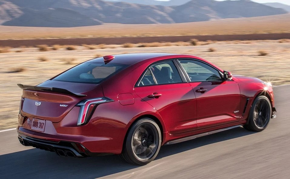 2022 Cadillac CT4-V Blackwing, CT5-V Blackwing